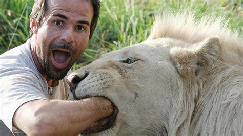 kevin richardson the ranger meet the whisperer the animal behaviourist reinventing zoology