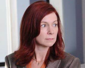 The Good Wife Season 3 casting news — Carrie Preston ...