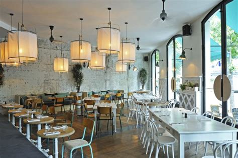 la brasserie d auteuil by gonzalez joli place