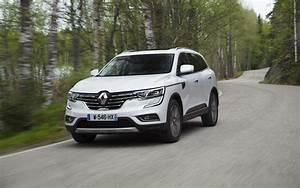 Renault Koléos Life : comparison renault koleos life 2018 vs honda cr v touring 2017 suv drive ~ Medecine-chirurgie-esthetiques.com Avis de Voitures