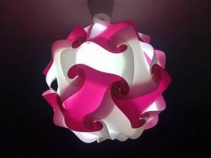 Plafonnier Chambre Fille : lustre rose fille design en image ~ Teatrodelosmanantiales.com Idées de Décoration
