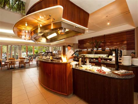 table mountain seafood buffet rydges esplanade resort cairns my qld holiday resorts