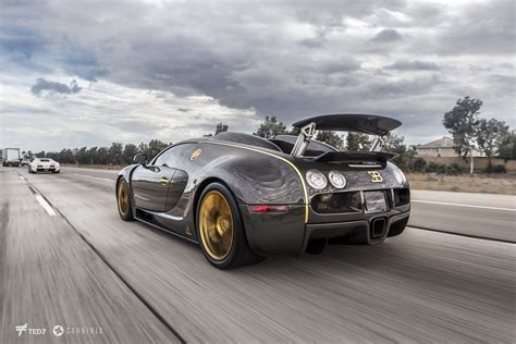 With the linea vincerò d'oro, mansory has completed its strictly limited series for the refined bugatti veyron 16.4. The Bugatti Veyron Mansory Linea Vincerò d'Oro again... an…   Flickr