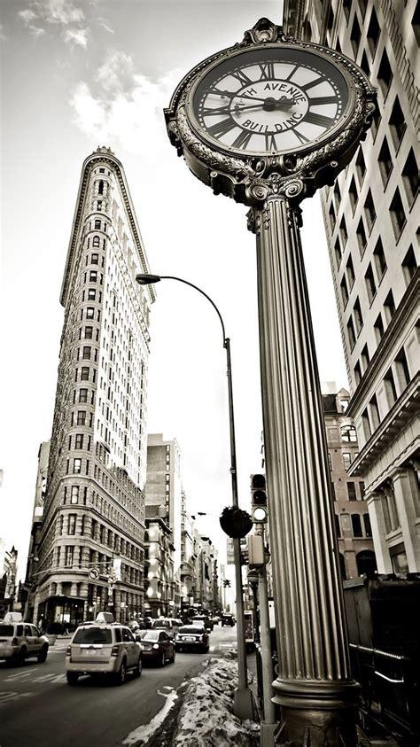 flatiron building  york black  white wallpaper