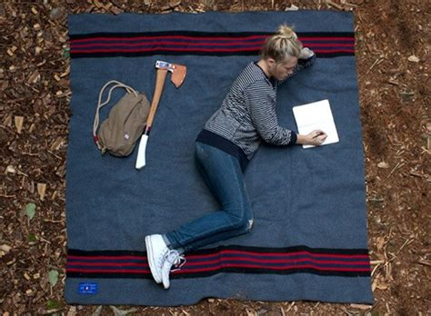 Using A Wool Throw For Camping What Is A Blanket Order Plan Baby Blankets Sewing Ideas Language Of The Robe American Indian Trade Little Smokies Pigs In With Cheese Diy Hand Crochet Chunky Best Pool Solar Set Mommy Arm Knit