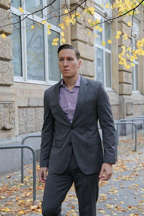 grauer anzug blaues hemd welches hemd zum grauen anzug