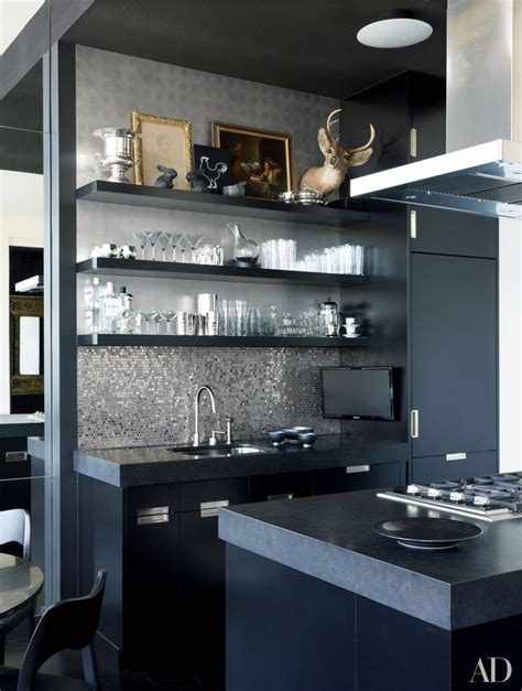 black countertops  inspire  kitchen renovation
