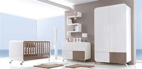 chambre bebe en pin chambre bébé meubles et lits de bébés et enfants de