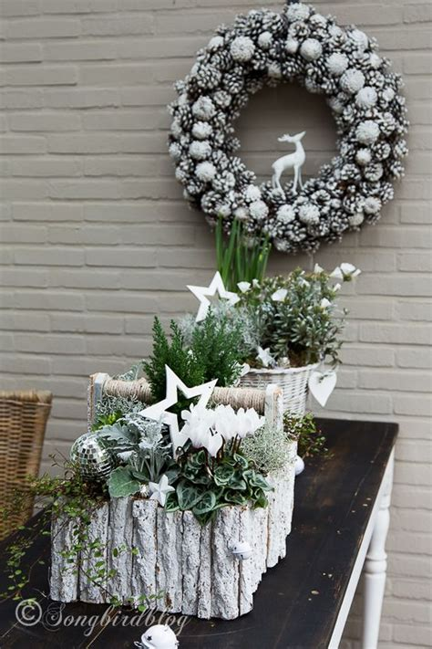 pine cone christmas table decorations my outside christmas table decorations pine tables and
