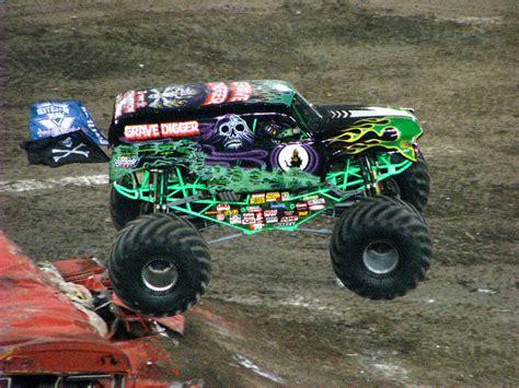 monster truck shows in florida monster jam raymond james stadium ta fl 229