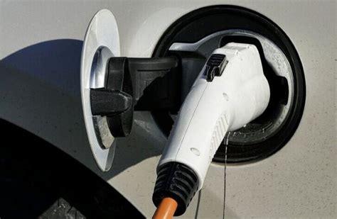 ประกาศแล้ว! ชาร์จแบตฯ รถยนต์ไฟฟ้า เสียค่าไฟ 2.63 บาทต่อ ...