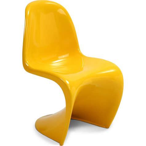 chaise en fibre de verre chaise panton fibre de verre jaune lestendances fr