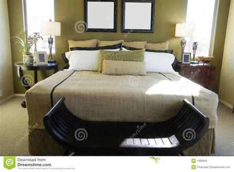 chambre a coucher luxe chambre à coucher de luxe moderne images libres de droits