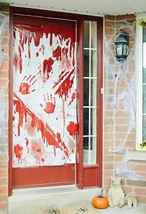 Decoration Halloween Maison : la terrifiante d coration halloween pour la porte d entr e design feria ~ Voncanada.com Idées de Décoration