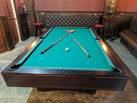 pool tables direct reviews pool table picture of the joker 39 s arms pub restaurant