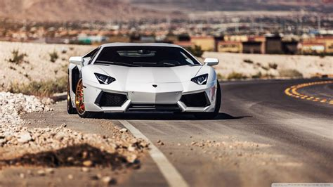 Lamborghini Aventador Backgrounds by Lamborghini Aventador Roadside Hd Desktop Wallpaper