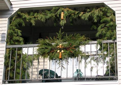christmas balcony decorating ideas outdoor christmas decorating dan sherree patrick