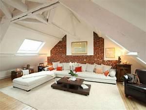 Des combles renoves avec authenticite diaporama for Luminaire chambre enfant avec grande fenetre de toit