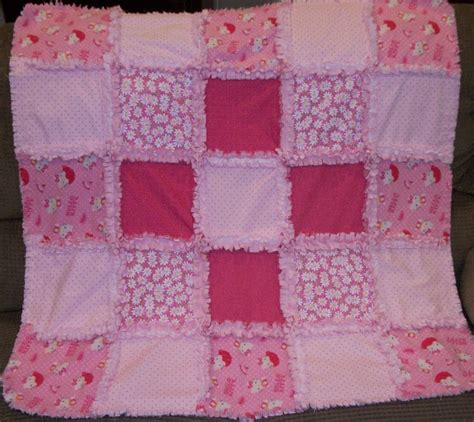 hello kitty quilt deerecountry quilts hello kitty rag quilt