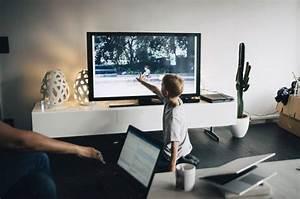 Fernseher Worauf Achten : fernseher lieber hinstellen oder an die wand h ngen techbook ~ Markanthonyermac.com Haus und Dekorationen