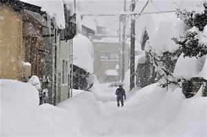 大雪の影響、国道8号で車千台立ち往生、福井県、自衛隊に災害派遣要請 - 産経WEST