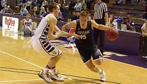 Blugold men's basketball team is adjusting on the fly ...