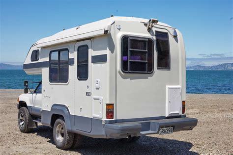 88 Toyota Hilux Global Galaxy 4x4 camper