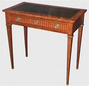 Bureau De Style : petit bureau de style louis xvi epoque xxe si cle antiquit s catalogue ~ Teatrodelosmanantiales.com Idées de Décoration