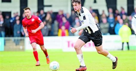 Maidenhead United defender Max Kilman clinches Premier ...