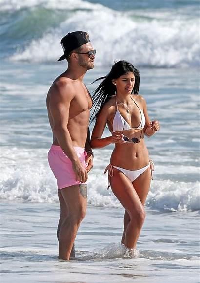 Bikini Walia Jasmin Boyfriend Santa Beach March