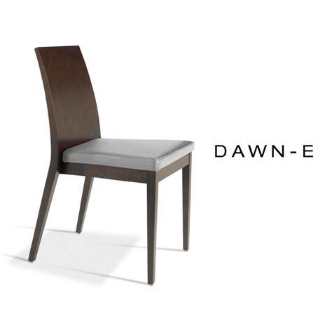 habillage chaise chaise en bois de hêtre assise garnie de mousse