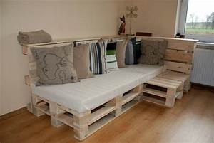 pallet couch build an easy daybed sofa diy and crafts With pallet sectional sofa plans