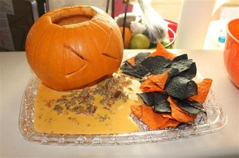 Pumpkin Throwing Up Guacamole by Throwing Up Pumpkin Queso Dip Halloween Ideas Pinterest