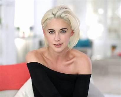 Platinum Blonde Hair Hairstyles Erika Bearman Beautyeditor