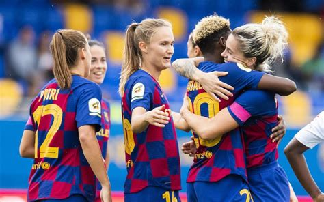 Futbol club barcelona, commonly referred to as barcelona and colloquially known as barça (ˈbaɾsə), is a spanish professional football club based in barcelona, that competes in la liga. Madrid CFF 0-4 FC Barcelona: Dazzling display