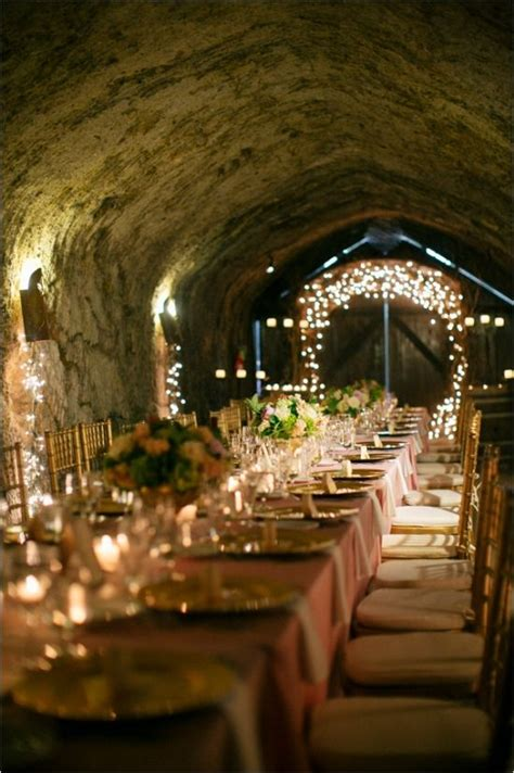 vineyard wedding ideas  plan  winery reception