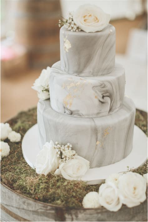 Marble wedding cake grey with gold foil details and blush