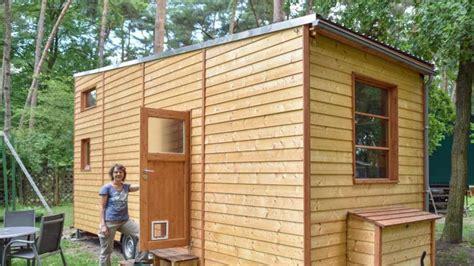 Wo Dürfen Tiny Häuser Stehen by Tiny House Wohnen Im Mini Eigenheim Wohnen