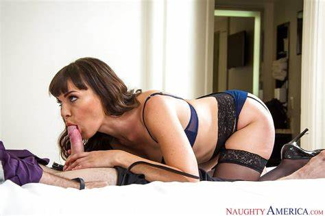 Little Breasted Dana Dearmond Rides The Pink Haired Prick