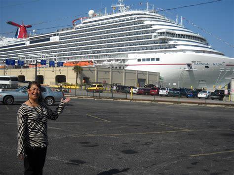 a rudin sofa 2672 100 30 instagram carnival cruise ship carnival