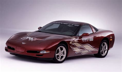 2002 C5 Corvette  Image Gallery & Pictures