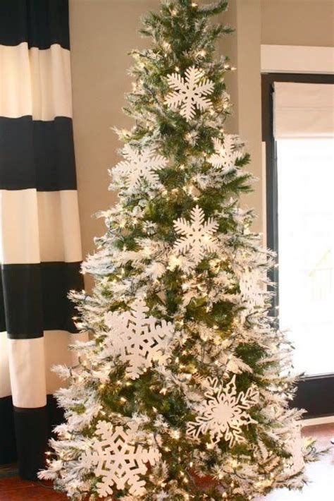 snowflake christmas tree 20 awesome tree decorating ideas inspirations style estate