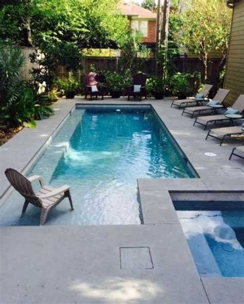 brilliantly awesome backyard pool ideas  turn  relaxing retreats
