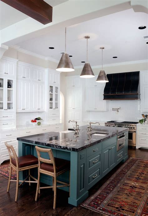 how to design kitchen cabinets 53 best images about lg viatera rococo on 7232