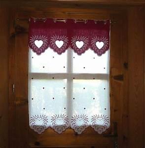 Rideaux Style Chalet : brise bise coeur rouge surnatte ~ Teatrodelosmanantiales.com Idées de Décoration