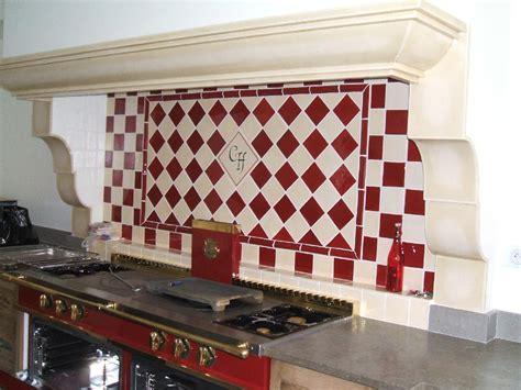cuisine carrelage mural cuisine carreaux et faience artisanaux pour cuisine modele faience