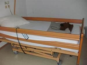 Elektr Verstellbarer Lattenrost : pflegebett elektr nachttisch casa med healthcare in hemsbach medizinische hilfsmittel ~ Indierocktalk.com Haus und Dekorationen