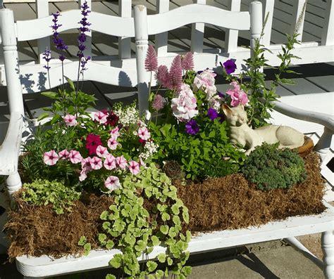 creative garden ideas   steal montana happy