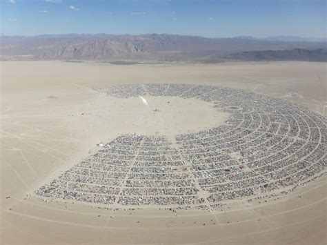 Here Are The Most Impressive Structures From Burning Man