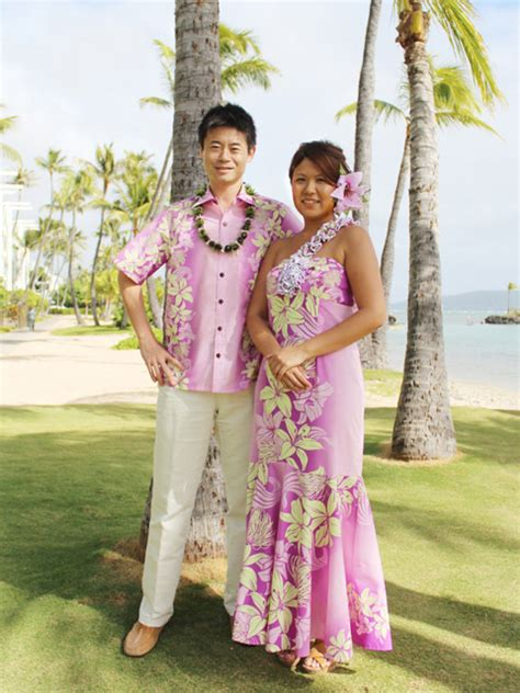 Matching Hawaiian Outfits for Couple | Aloha Outlet